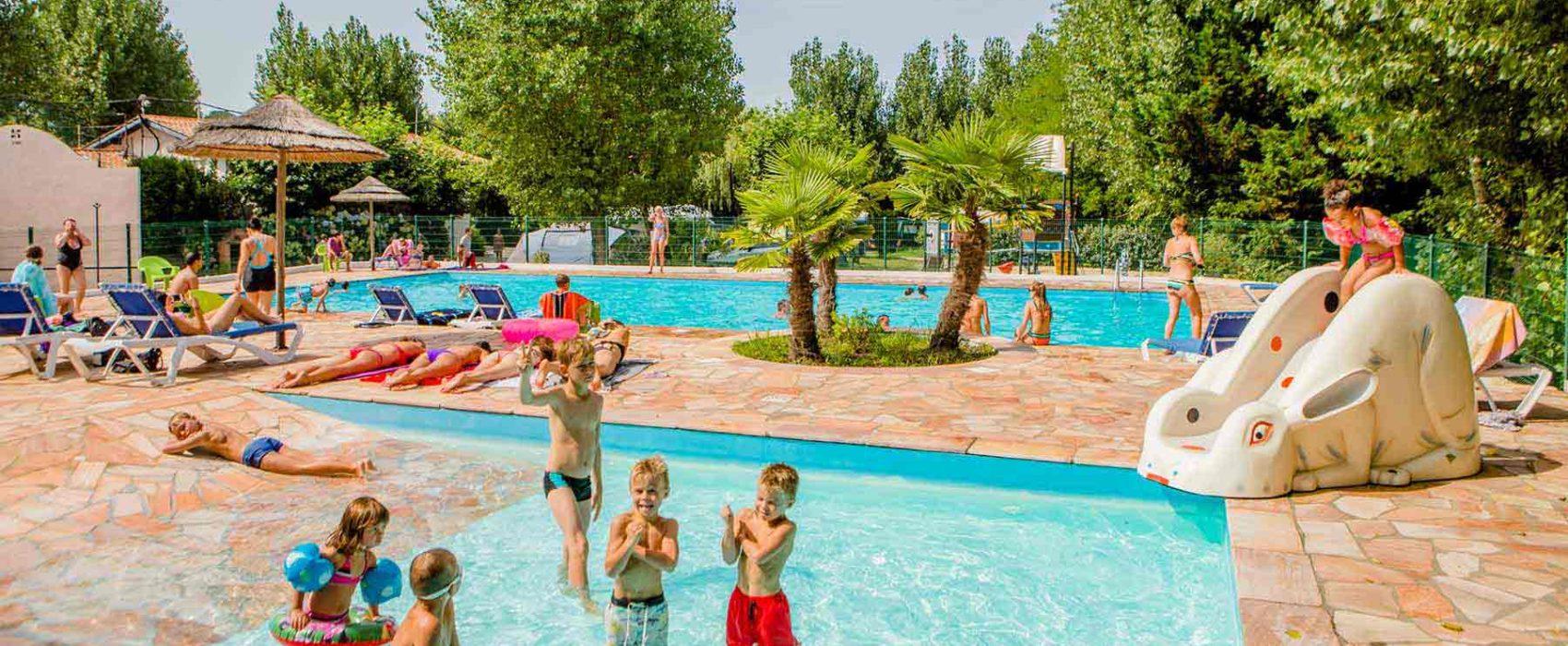 camping avec piscine au pays basque