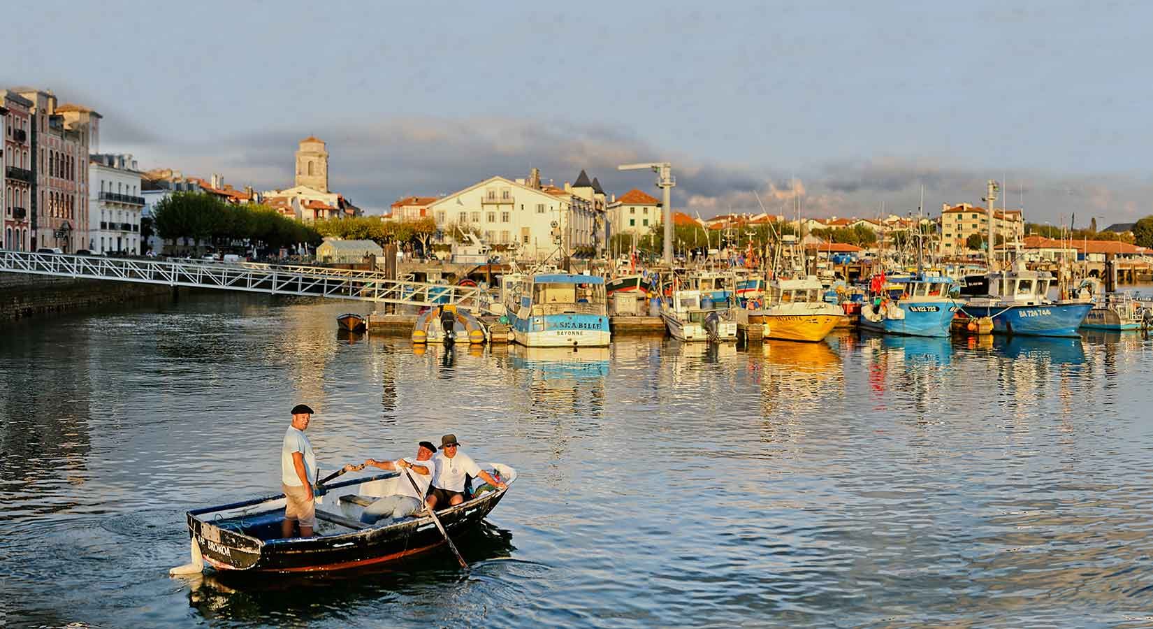 Camping saint jean de luz caravaning st jean de luz for Camping pays basque bord de mer avec piscine