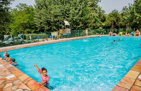 camping avec piscine à bidart