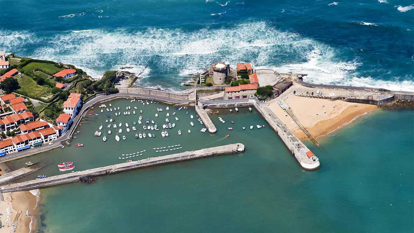 Le fort de socoa visiter le fort de socoa tourisme pays basque - Linge basque st jean de luz ...