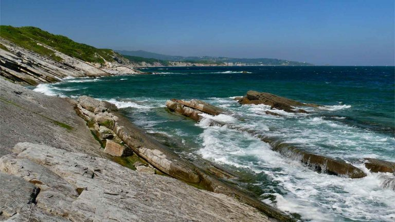 corniche pays basque
